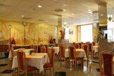 Отель Zuglo, ресторан