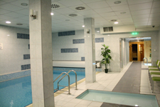 Отель Zuglo, бассейн