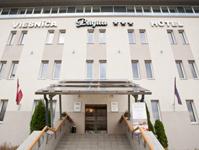 Отель Kolonna Brigita, фасад