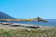 Отель Абаата, местный пляж
