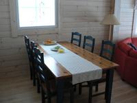 Коттедж 6+2 (50 м2), обеденный стол