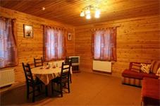 Коттедж 6+2, гостиная столовая