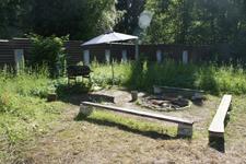 Дом в Зеленогорске, место для отдыха во дворе