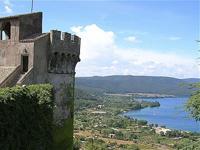 Тур на озеро Браччано в Италии